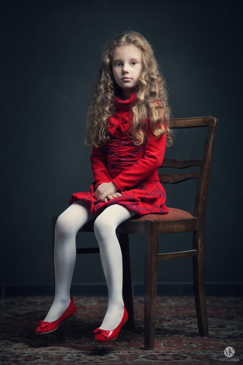 das Mädchen in Rot